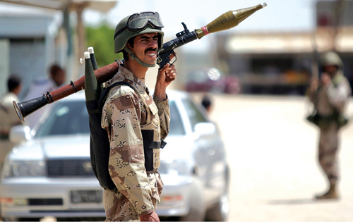 Fig. 9: An Iraqi soldier with Russian rocket-propelled grenade-7 (RPG-7) (Photograph credit: US Marines, through Wikipedia)