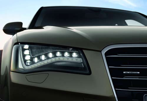 OSRAM LED light points for dipped beam in Audi A8
