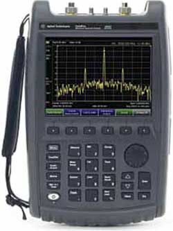 FieldFox microwave spectrum analyser by Agilent
