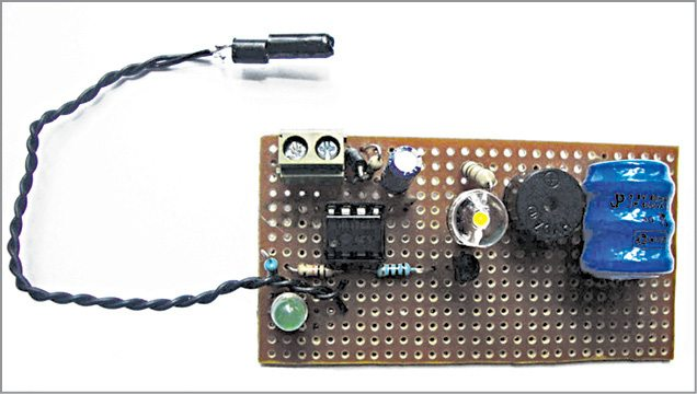Author's prototype of vibration sensor circuit