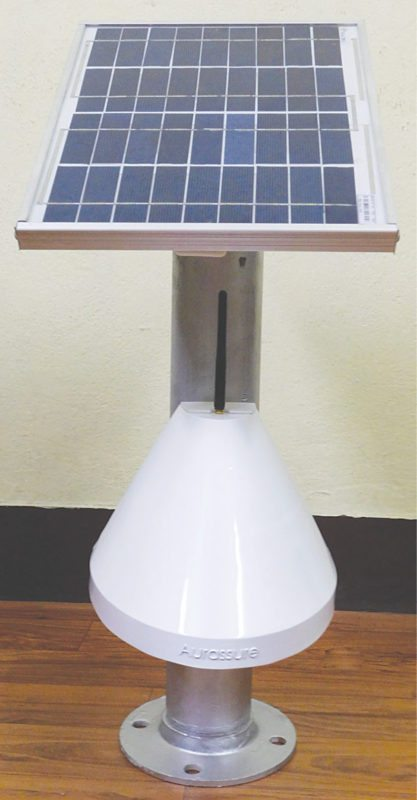The Aurassure device with solar panel