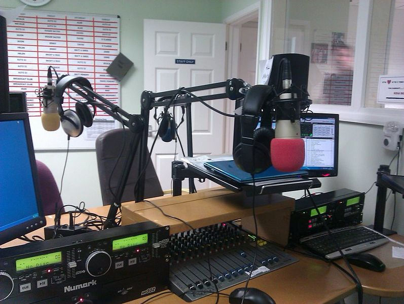 What Should I Know About A Community Radio Station