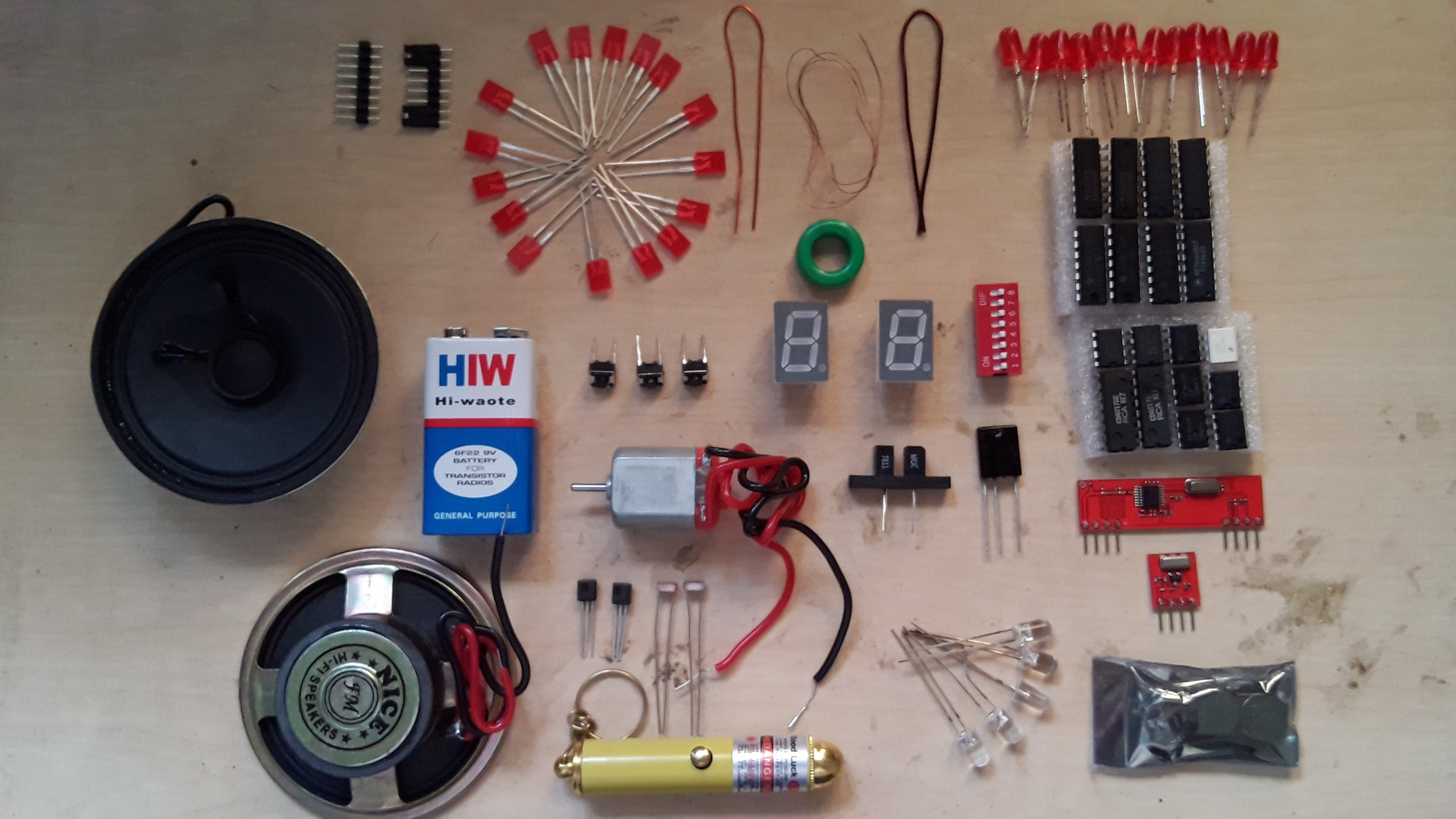 Chip Talk Electronics Components Based Diy Kit From Kitsnspares Review Symbol Piezo Speaker Schematic Circuit Microphone Pre