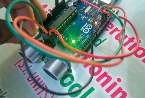 Author's prototype for Arduino-based distance meter